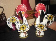 "PAIR OF HAND PAINTED FLORAL DESIGN MAJOLICA GLAZE 10"" ROOSTERS GARLAZ POTTERY"